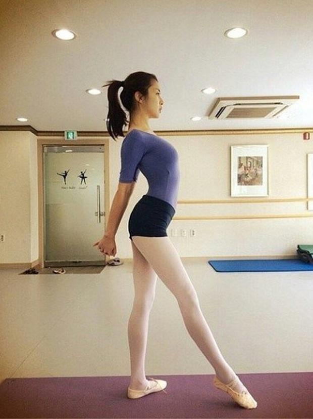 Tình cũ của Hyun Bin: Từ cô nàng mặc váy chật đến bục chỉ đến màn lột xác giảm 20kg, trở thành mỹ nhân có đôi chân đẹp nhất xứ Hàn - Ảnh 6.