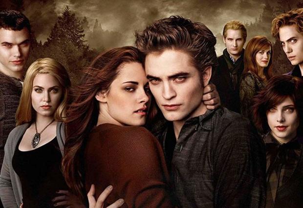 5 câu hỏi mà xem xong Twilight hơn 1 thập kỉ rồi khán giả vẫn không tìm ra lời giải - Ảnh 1.