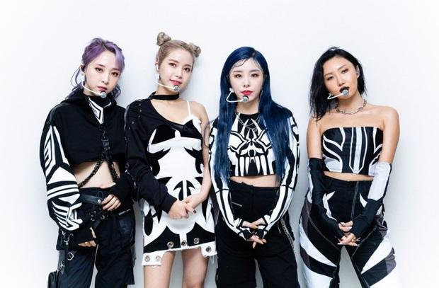 BTS, Red Velvet, MAMAMOO, (G)I-DLE và loạt nghệ sĩ hoãn tour hoặc dời lịch comeback, cả showbiz Hàn đóng băng vì dịch bệnh COVID-19! - Ảnh 10.