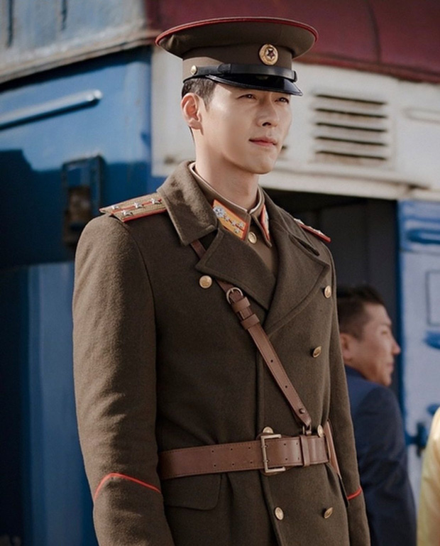 """""""Crash Landing On You"""" đúng là cái tên vàng giữa tâm dịch virus COVID-19: Hết Son Ye Jin, Hyun Bin giờ đến ê-kíp quyên góp số tiền khủng - Ảnh 6."""