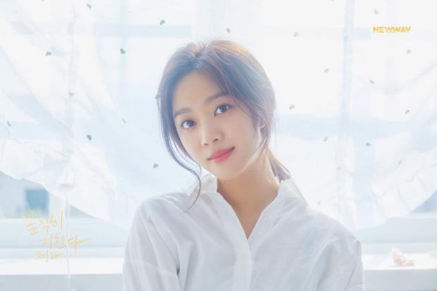 Chungha tung MV ballad khoe giọng hát ngọt ngào trong dự án mới của công ty, thành tích liệu có ấn tượng như khi hát nhạc dance? - Ảnh 2.