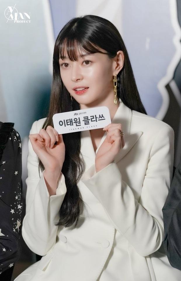 BXH 30 minh tinh hot nhất hiện nay: Cặp đôi Itaewon Class đúng là đối thủ bất ngờ của Hyun Bin - Son Ye Jin, dàn cast 2 bộ phim thầu gần hết top 10 - Ảnh 5.