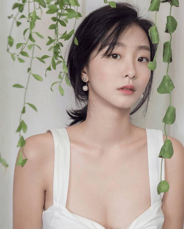 Style trong Itaewon Class đã dìm dáng Kim Da Mi quá đáng, chứ ngoài đời đẹp hoàn mỹ, ảnh không photoshop vẫn xuất sắc thế này cơ mà - Ảnh 12.
