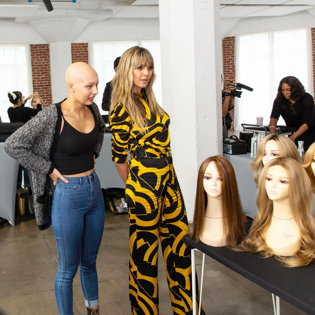 Hot girl xăm trổ, cô gái mắc bệnh rụng tóc... đồng loạt biến hình sau khi được Germanys Next Top Model makeover - Ảnh 1.