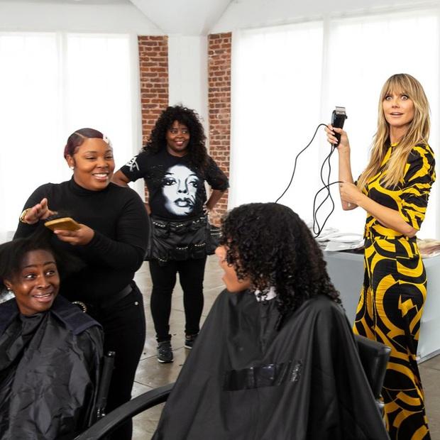 Hot girl xăm trổ, cô gái mắc bệnh rụng tóc... đồng loạt biến hình sau khi được Germanys Next Top Model makeover - Ảnh 2.