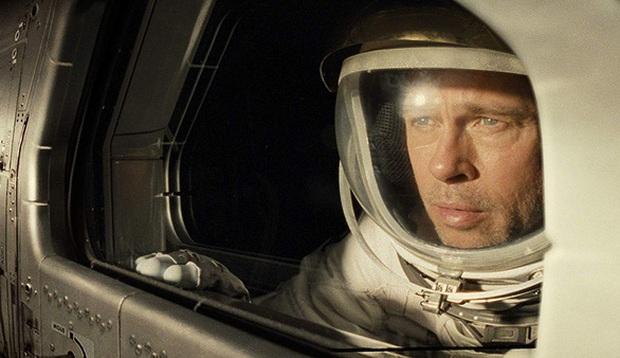 Nhà thiên văn học bắt lỗi Ad Astra của Brad Pitt: Tại sao trên mặt trăng lại có... cướp? - Ảnh 2.
