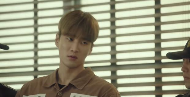 Bị bố ruột khai tử ở Tầng Lớp Itaewon tập 10, với Geun Won tình thương là thứ xa xỉ nhất trên đời! - Ảnh 6.
