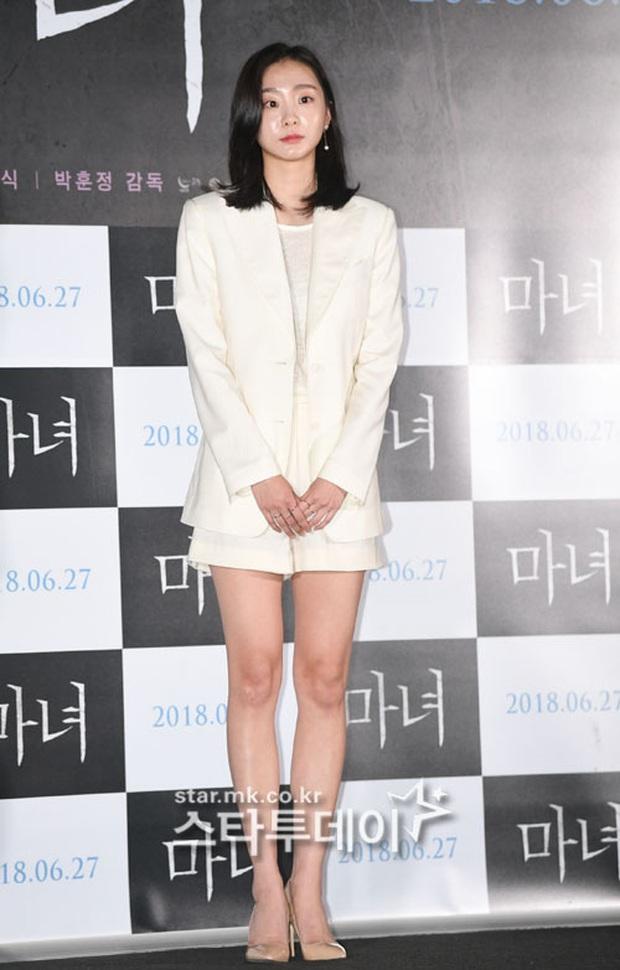 Style trong Itaewon Class đã dìm Kim Da Mi quá đáng, chứ ngoài đời đẹp hoàn mỹ, ảnh không photoshop vẫn xuất sắc thế này cơ mà - Ảnh 10.