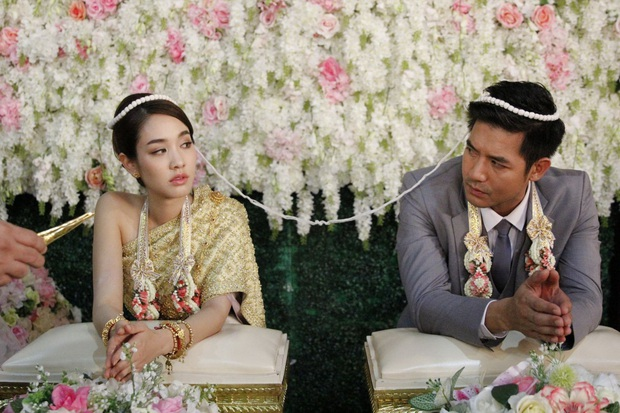 4 cặp diễn viên Thái Lan giống nhau đến ngỡ ngàng: Từ Nữ Thần Rắn đến em gái quốc dân đều có bản song trùng? - Ảnh 12.