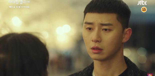 """Preview tập 11 Tầng Lớp Itaewon: """"Điên nữ"""" bật khóc nói em yêu anh, bỏ chạy vì bị Park Sae Ro Yi phũ trước mặt Soo Ah? - Ảnh 4."""