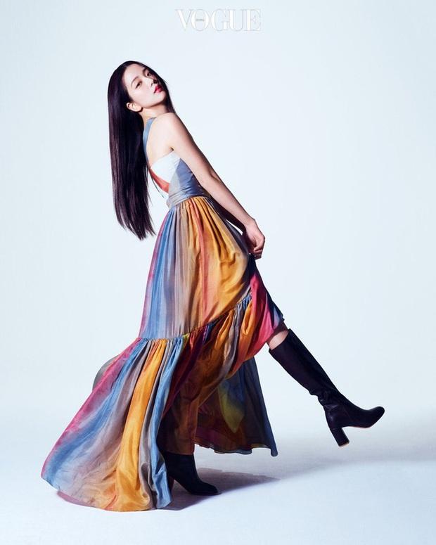 4 đại mỹ nhân châu Á đẹp xuất thần khi cùng diện váy của Dior, dân tình chắc cũng bó tay không tìm ra ai đỉnh nhất - Ảnh 4.
