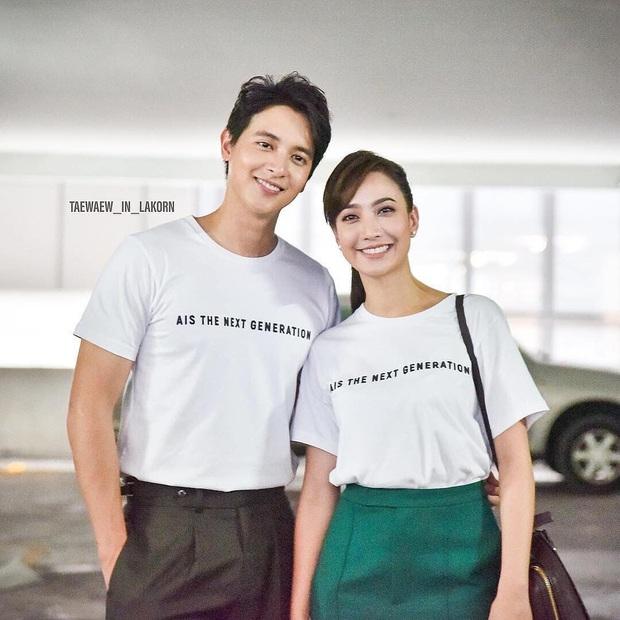 4 cặp diễn viên Thái Lan giống nhau đến ngỡ ngàng: Từ Nữ Thần Rắn đến em gái quốc dân đều có bản song trùng? - Ảnh 6.
