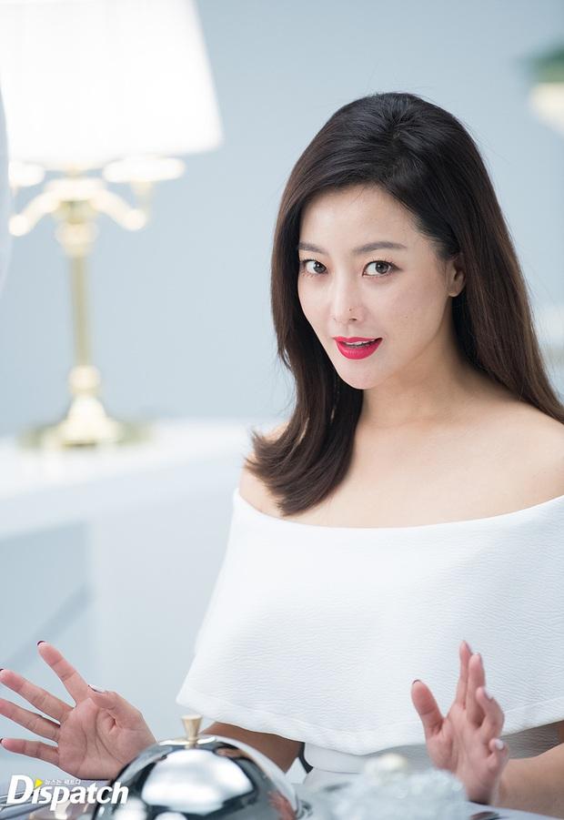 10 mỹ nhân Hàn tìm được suối nguồn trẻ mãi không già: Ai ngờ toàn U35-U40, chỉ có mỗi một idol lọt top giữa dàn diễn viên - Ảnh 15.