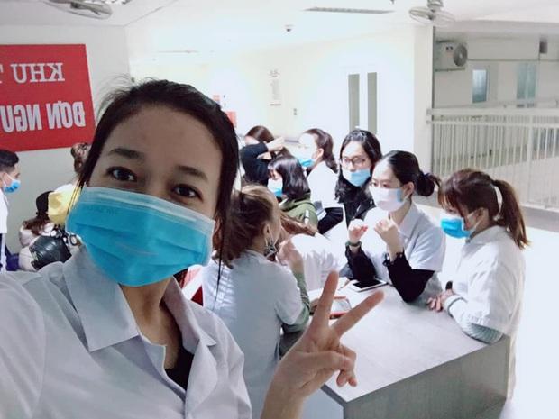 Không được nghỉ học tránh virus Corona, sinh viên Y - Công nghiệp khóc thét vì phải lên thành phố sớm, đeo khẩu trang cả ngày đi học - Ảnh 5.