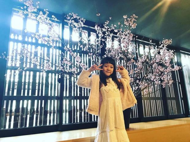 Thiên thần nhí Choo Sarang năm nào lớn phổng phao, gây sốt với hình ảnh tự tin diện áo crop top như idol - Ảnh 4.