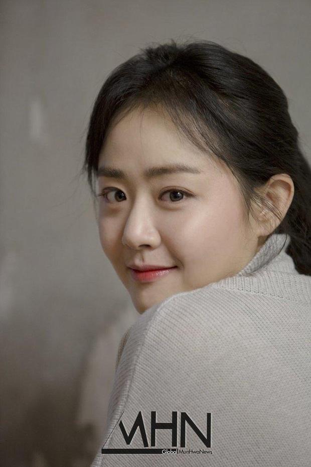 10 mỹ nhân Hàn tìm được suối nguồn trẻ mãi không già: Ai ngờ toàn U35-U40, chỉ có mỗi một idol lọt top giữa dàn diễn viên - Ảnh 21.