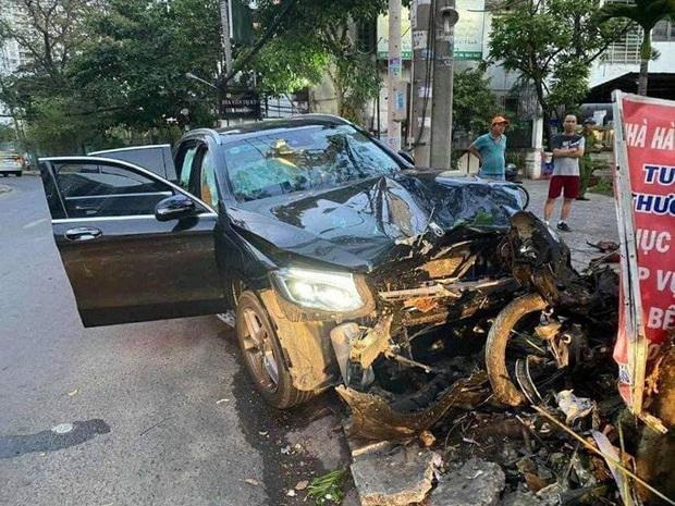 Lộ thêm nhiều tình tiết vụ xe Mercedes gây tai nạn kinh hoàng gần sân bay Tân Sơn Nhất  - Ảnh 3.