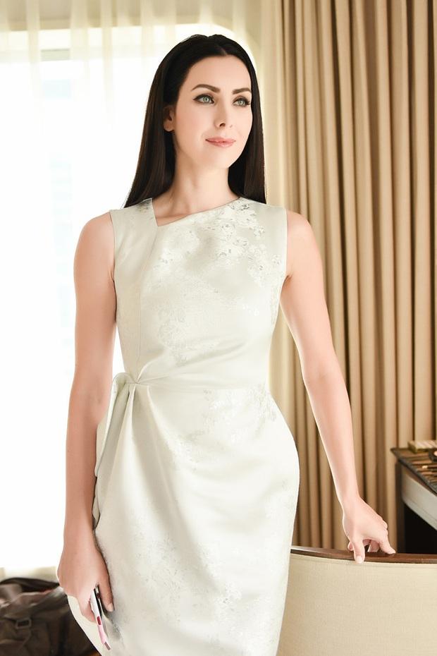Hé lộ BGK quyền lực Miss Charm tại Việt Nam: Đối thủ từng đánh bại Lan Khuê và ông trùm chạm tay ai cũng thành hoa hậu - Ảnh 2.