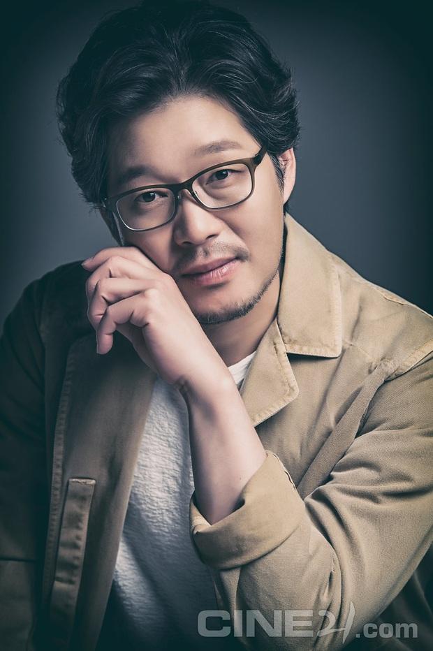 Dàn sao Itaewon Class: Park Seo Joon dính tin đồn yêu đồng tính, nữ thứ hot hơn cả nữ chính vì từng cặp kè Lee Jong Suk? - Ảnh 15.