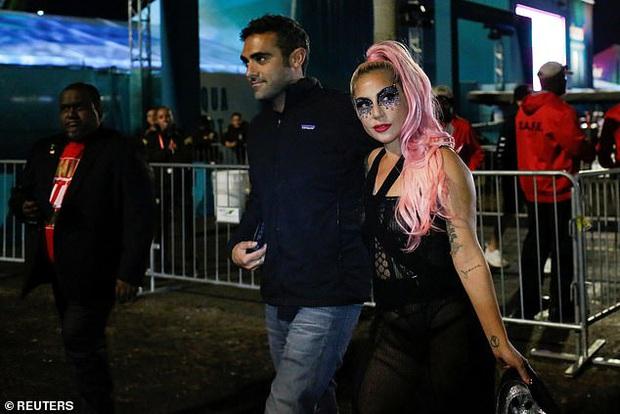 Không phải Bradley Cooper, Lady Gaga công khai khóa môi CEO công nghệ: Dân Harvard, giàu có lại còn bảnh bao! - Ảnh 3.