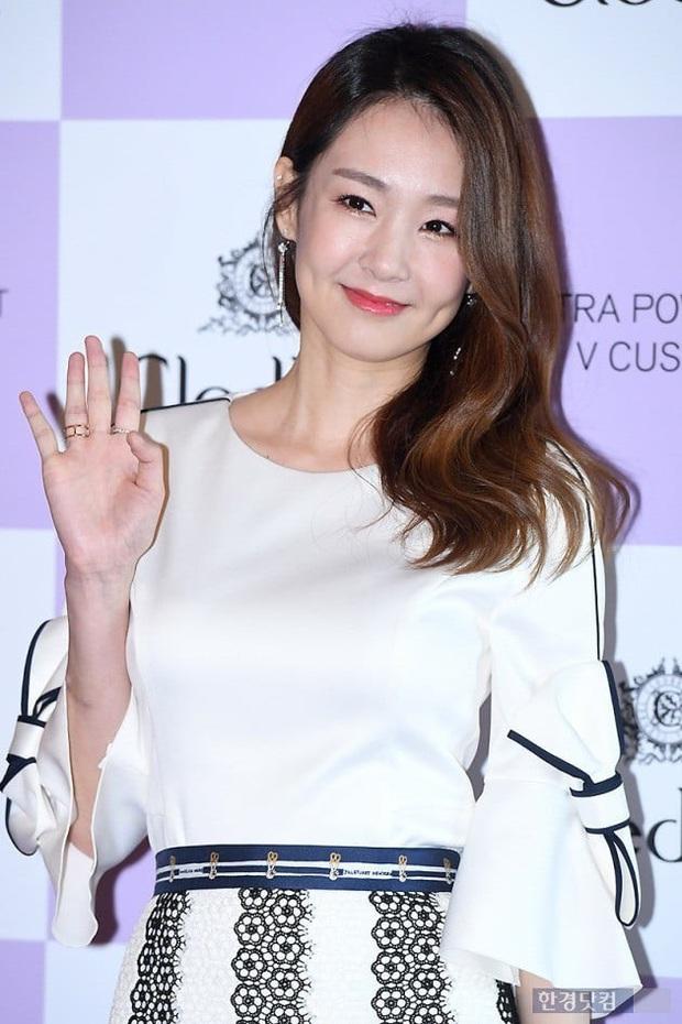HOT: Kangta và mỹ nhân Jung Yoo Mi xác nhận hẹn hò, scandal nam ca sĩ bắt cá 4 tay bị đào lại ngay và luôn - Ảnh 3.