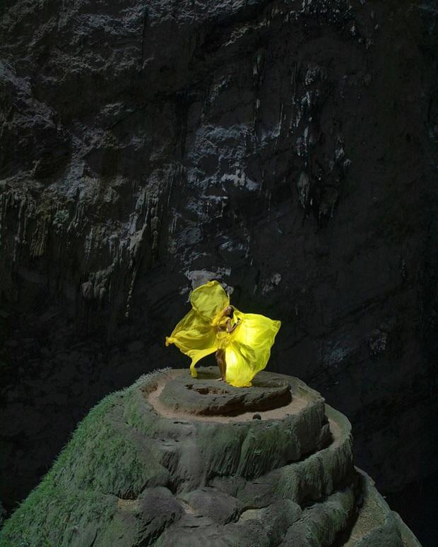 Bị nghi chụp ảnh trong hang Sơn Đoòng khi đang có rác thải bừa bãi xung quanh, H'Hen Niê chính thức lên tiếng - Ảnh 2.