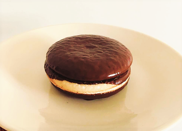 Khoe kiểu ăn Choco Pie… không nhân, anh chàng được dân mạng đồng tình hết mực, còn mách thêm nhiều cách ăn lạ hơn - Ảnh 4.