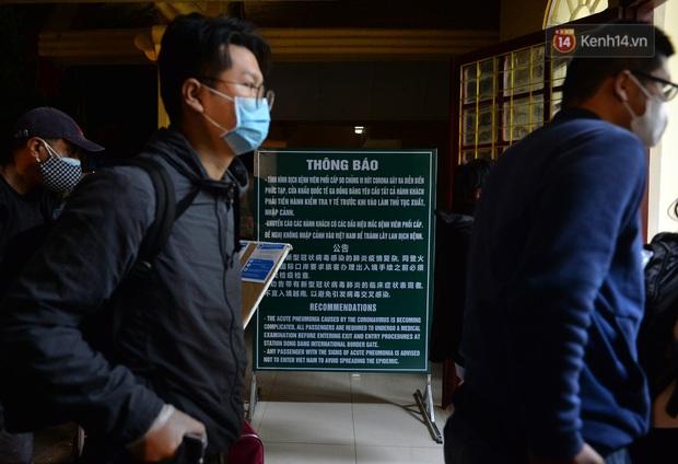 Chuyến tàu liên vận từ Trung Quốc vào Việt Nam chỉ với 2 người, một người bị từ chối nhập cảnh, một người được cách ly - Ảnh 12.