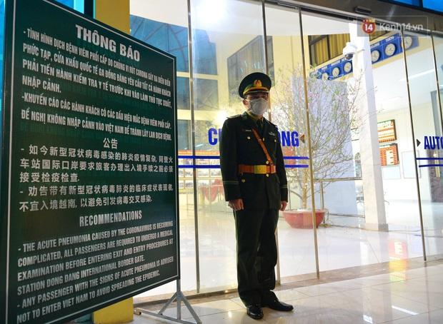 Chuyến tàu liên vận từ Trung Quốc vào Việt Nam chỉ với 2 người, một người bị từ chối nhập cảnh, một người được cách ly - Ảnh 14.