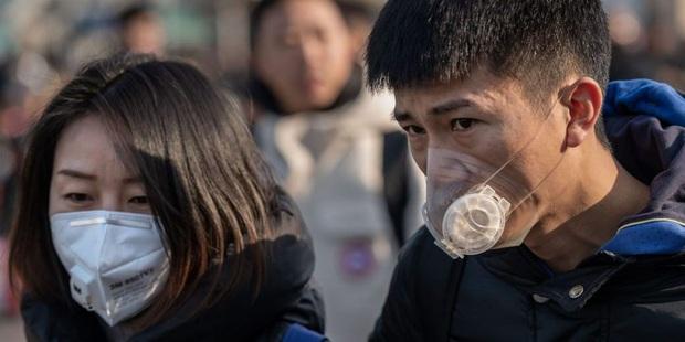 426 người chết, gần 20.000 người xác nhận nhiễm virus corona Vũ Hán nhưng điểm sáng bắt đầu xuất hiện giữa cơn bão dịch bệnh - Ảnh 1.