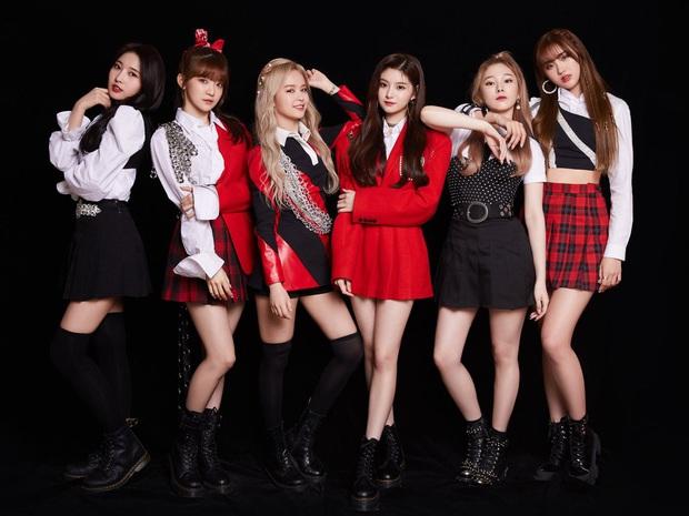 Nhóm tân binh kế vị BLACKPINK chẳng ngán girlgroup nào: Debut ngang ngửa MAMAMOO, comeback vượt Red Velvet, GFRIEND gấp 3-5 lần - Ảnh 1.