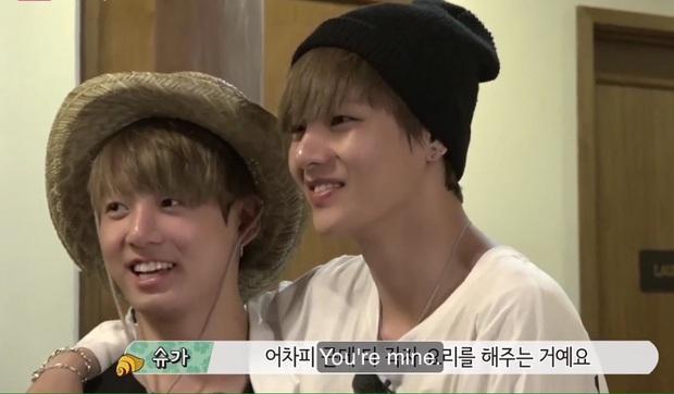 Loạt khoảnh khắc tình bể bình của bộ đôi mỹ nam V & Jungkook (BTS) khiến fan bấn loạn trên show thực tế! - Ảnh 12.