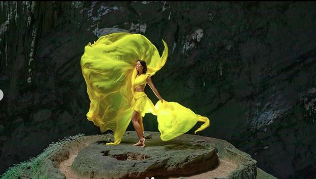 Bị nghi chụp ảnh trong hang Sơn Đoòng khi đang có rác thải bừa bãi xung quanh, H'Hen Niê chính thức lên tiếng - Ảnh 5.