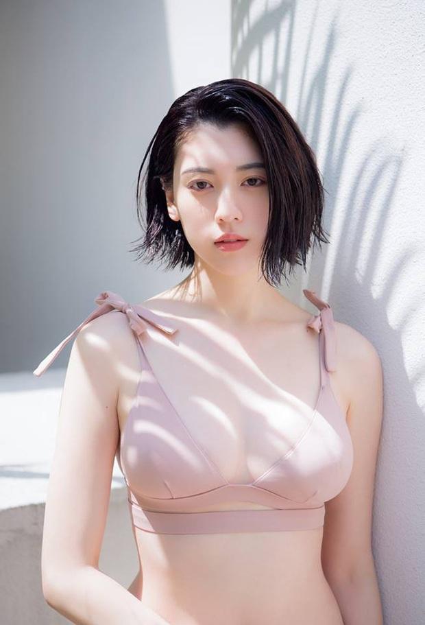 Mỹ nhân Nhật hot nhất MV Châu Kiệt Luân tiết lộ gây sốc: Tắm chung với bố đến tận lúc 20 tuổi, bị nhầm thành vợ chồng - Ảnh 6.