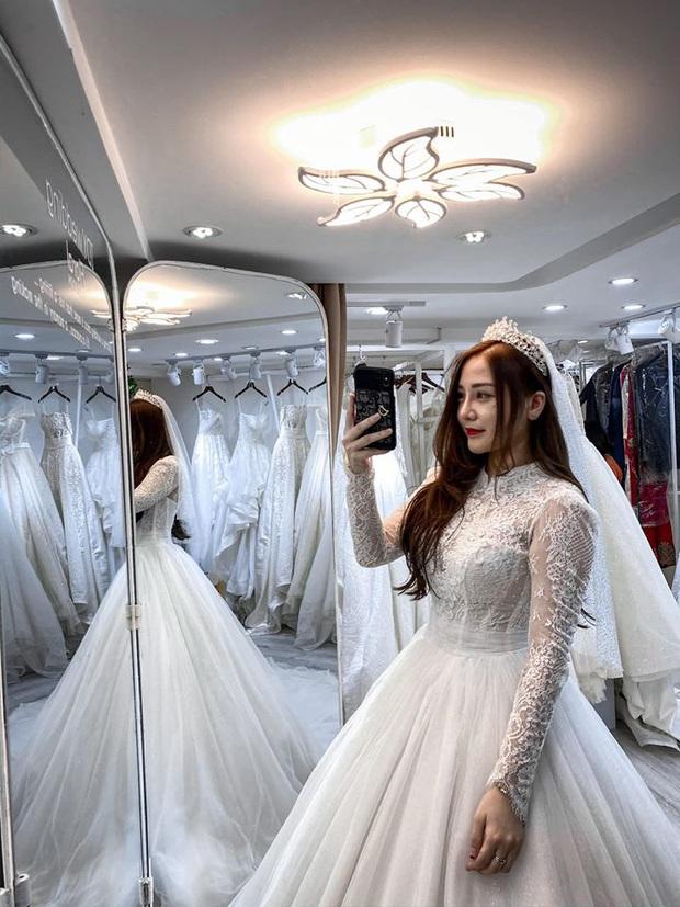 Sửng sốt hot girl streamer quốc dân Kiều Anh Hera bất ngờ khoe ảnh mặc váy cưới, cô nàng sắp lên xe hoa? - Ảnh 4.