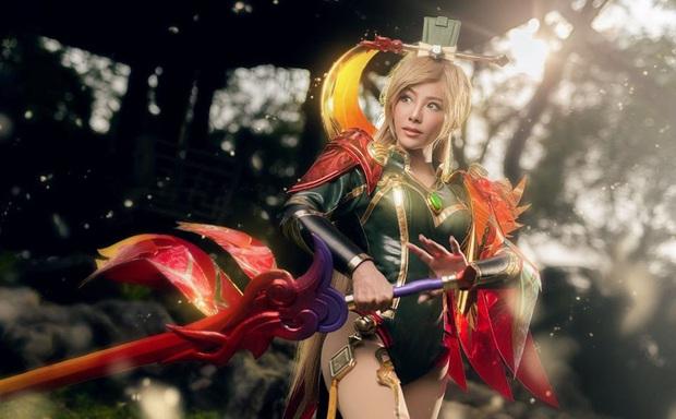 Bỏng mắt với bộ hình cosplay của nữ game thủ Liên Quân Mobile xứ Thái, Butterfly xinh thế này thì ai nỡ đánh - Ảnh 12.