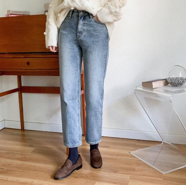 Có thể bạn không thích đu trend nhưng trước vẻ xinh xắn của 3 mẫu giày hot hit nhất Xuân này, nàng nào cũng sẽ muốn sắm vội - Ảnh 12.