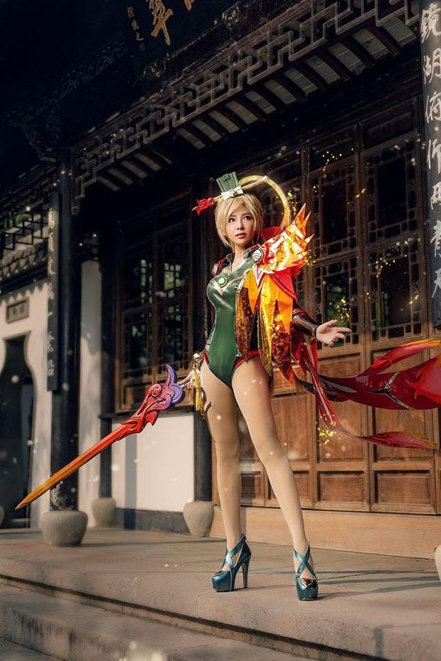 Bỏng mắt với bộ hình cosplay của nữ game thủ Liên Quân Mobile xứ Thái, Butterfly xinh thế này thì ai nỡ đánh - Ảnh 7.