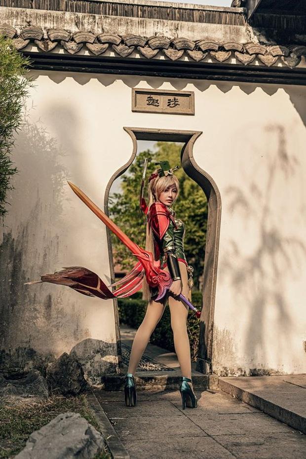 Bỏng mắt với bộ hình cosplay của nữ game thủ Liên Quân Mobile xứ Thái, Butterfly xinh thế này thì ai nỡ đánh - Ảnh 9.