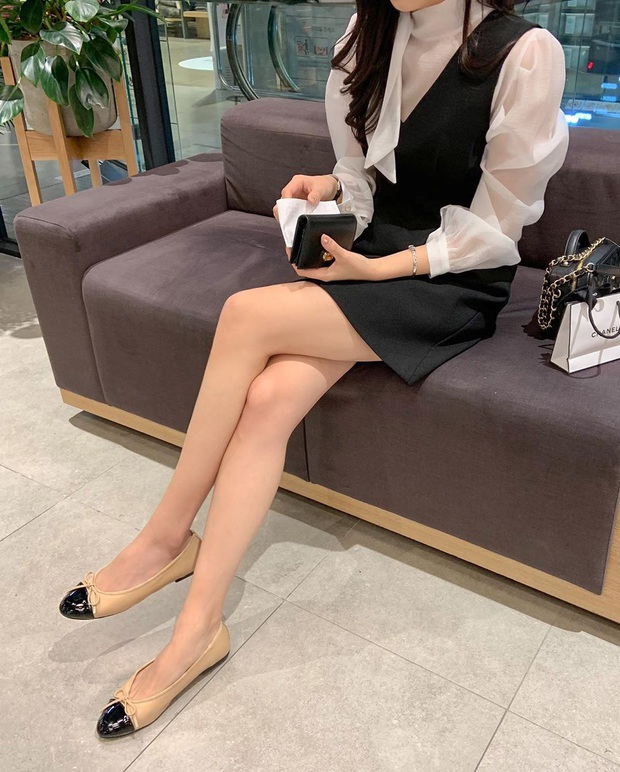 Có thể bạn không thích đu trend nhưng trước vẻ xinh xắn của 3 mẫu giày hot hit nhất Xuân này, nàng nào cũng sẽ muốn sắm vội - Ảnh 9.