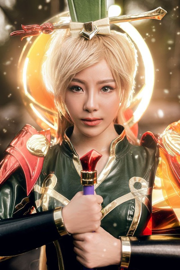 Bỏng mắt với bộ hình cosplay của nữ game thủ Liên Quân Mobile xứ Thái, Butterfly xinh thế này thì ai nỡ đánh - Ảnh 3.