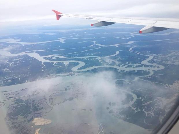 Dân mạng thích thú với dòng sông ở Việt Nam nhìn như chú rồng khổng lồ được du khách nước ngoài vô tình chụp được trên máy bay - Ảnh 3.