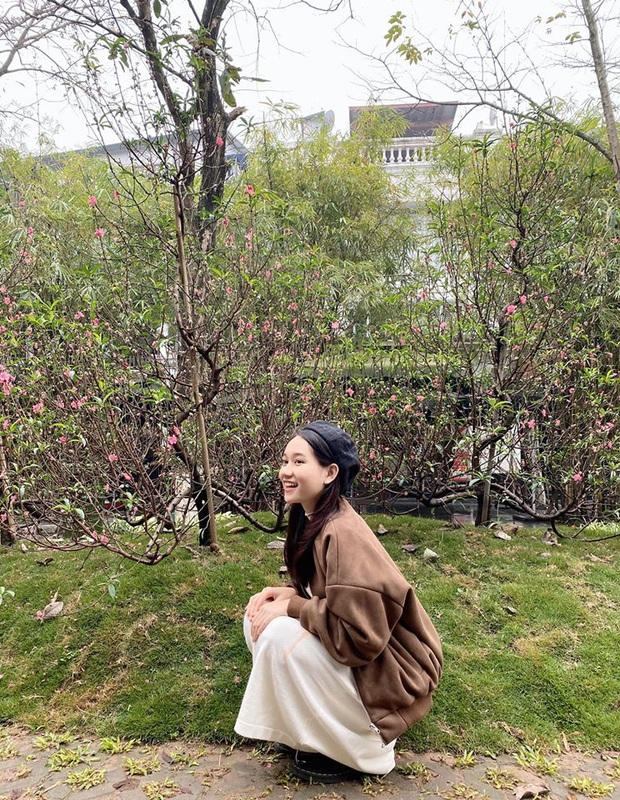 Ngẩn ngơ loạt khoảnh khắc đời thường của Trúc Anh: Đôi mắt trong trẻo, nụ cười hút hồn chuẩn nàng thơ phim Việt! - Ảnh 3.
