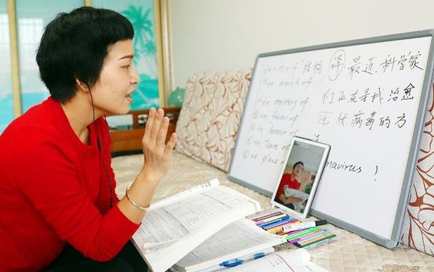 Giáo viên Trung Quốc nỗ lực dạy qua internet khi học sinh nghỉ học vì virus Corona - Ảnh 3.