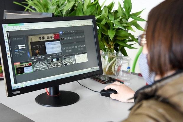 Giáo viên Trung Quốc nỗ lực dạy qua internet khi học sinh nghỉ học vì virus Corona - Ảnh 7.