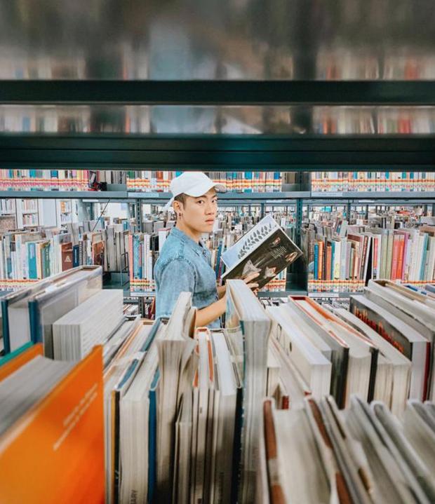 Quên những địa điểm check in đã quá quen thuộc đi, trend mới khi đến Singapore là phải sống ảo ở thư viện mới chuẩn nhé! - Ảnh 8.