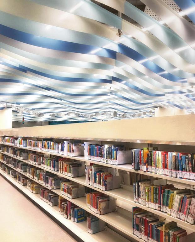 Quên những địa điểm check in đã quá quen thuộc đi, trend mới khi đến Singapore là phải sống ảo ở thư viện mới chuẩn nhé! - Ảnh 11.