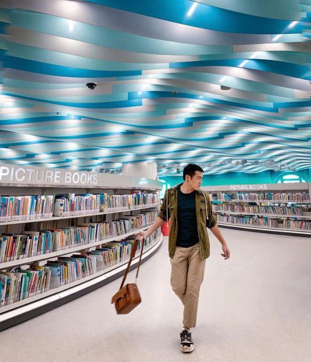 Quên những địa điểm check in đã quá quen thuộc đi, trend mới khi đến Singapore là phải sống ảo ở thư viện mới chuẩn nhé! - Ảnh 12.