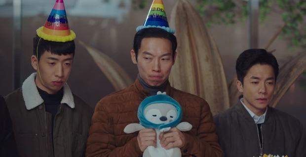 5 chi tiết ở tập 12 chứng tỏ Crash Landing On You là phim lấy cảm hứng từ Hyun Bin và Son Ye Jin - Ảnh 10.