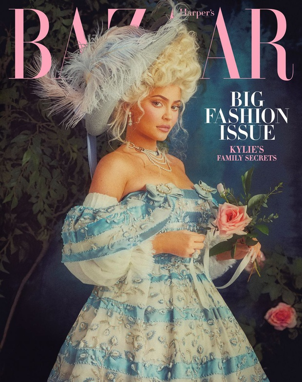 Mãn nhãn với bộ ảnh tạp chí quý tộc siêu lồng lộn của Kylie Jenner, nhưng cô con gái ngậm thìa vàng lại nổi bật hơn cả - Ảnh 8.